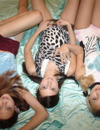 Cute russian lesbian teens licking in lesbos threeway - part 4743