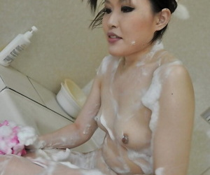Fuckable asian MILF with tiny tits Kazue Yabuta taking bath