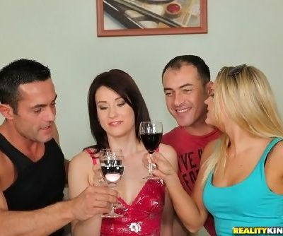 Barra Brass gets Minnie to help her with cock in crazy foursome XXX porn