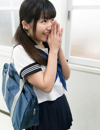 Japanese schoolgirl in ponytails facesits & gives teacher a hand job in class