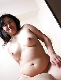 Fatty asian MILF Rumiko Shiga has some vagina fingering and screwing fun - part 2