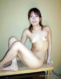 Scorching photo collection of a kinky asian woman posing nude - part 1389