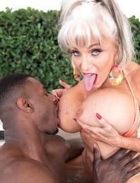 Sloppy granny hoe sally dangelo getting some black cock - part 2077