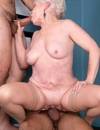 66 year old mature granny nub butt-crack - part 4185
