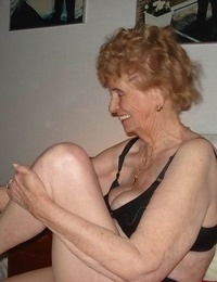 Highly old fledgling granny poser at home - part 1394