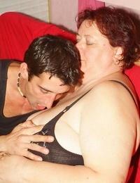 Wild mature plumper agnes eva undressing her clothes to lure a l - part 3062