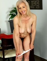 Platinum granny xxxpartner! shiela karups older women! - part 864