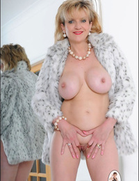 Fur cover and heels nude mature chick sonia - part 2552