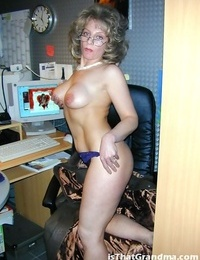 Mature secretary demonstrating her boobies in the office - part 4772