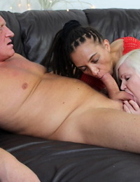 Bi nans Lacey Starr & Violette Love share a cock in a three-way