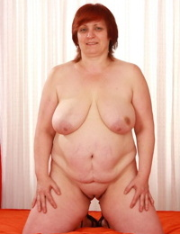 Redhead granny peels showing saggy fat congenital tits & gets vagina nailed