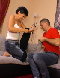 Inexperienced German man has joy with black-haired woman in living room