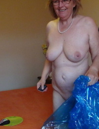 Naked granny Abby Roberts wraps herself in plastic before stroking